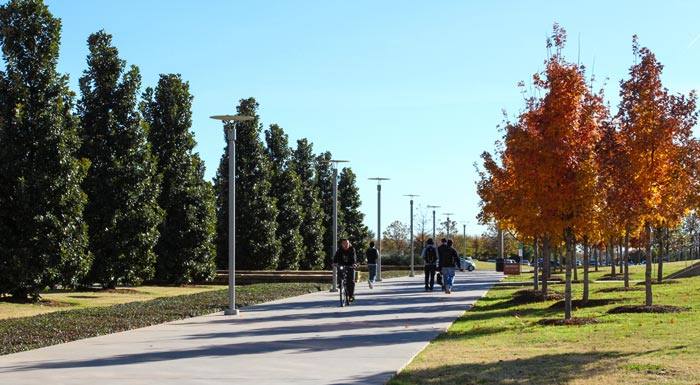 Photo of UT Dallas campus.